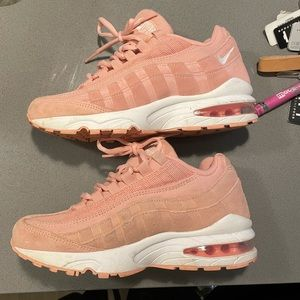 Nike AirMax: pink size 5, great condition